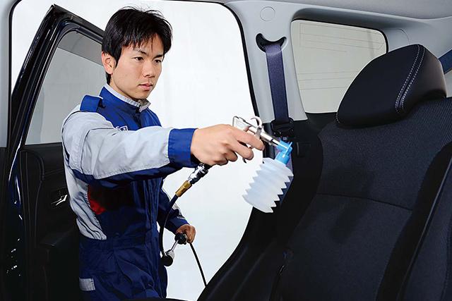移動の時間も安心・快適「車内除菌・清掃」