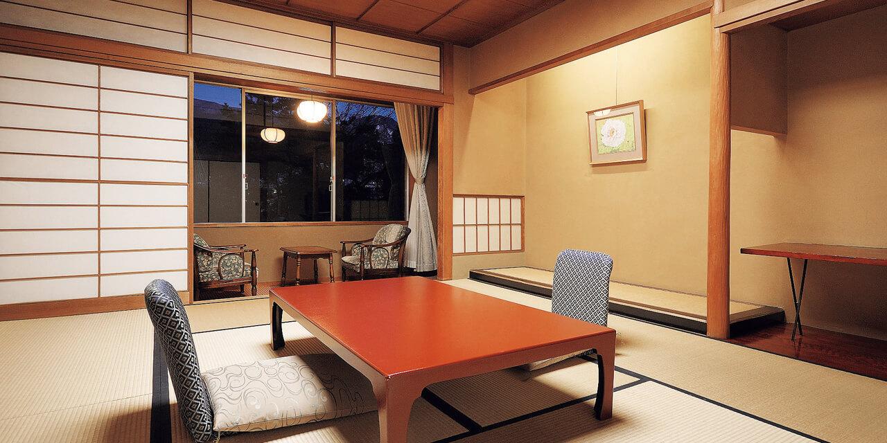和の粋に包まれる優雅な客室