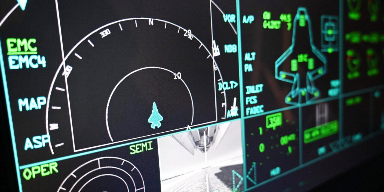 海外から直輸入した、本物志向の躍動感ある戦闘機フライトシミュレーターを利用